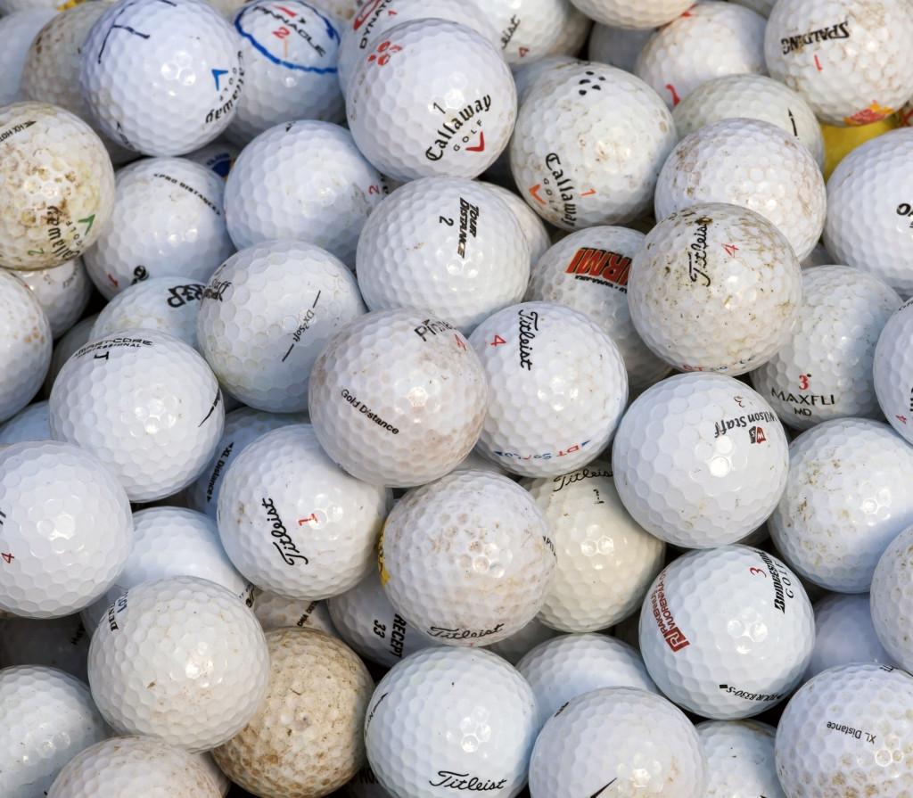 Jak vybrat golfové míčky pro začátečníka