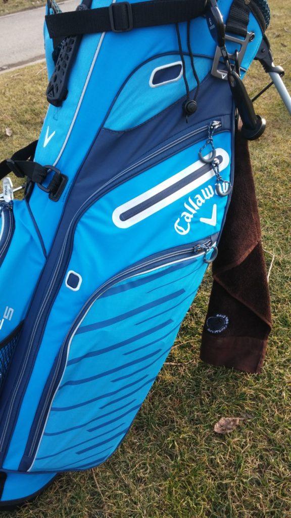 Boční kapsy golfového bagu Callaway Hyper-Lite 5
