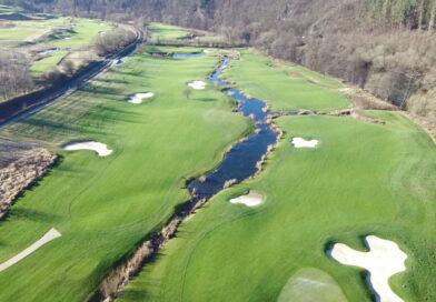 Panorama Golf Kácov River