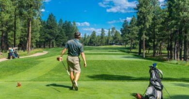 Golfista na odpališti