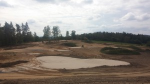 Budoucí green na kopci golfového hřiště Kácov